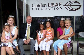 Senator David Weinstein and the Farmers Festival Queens